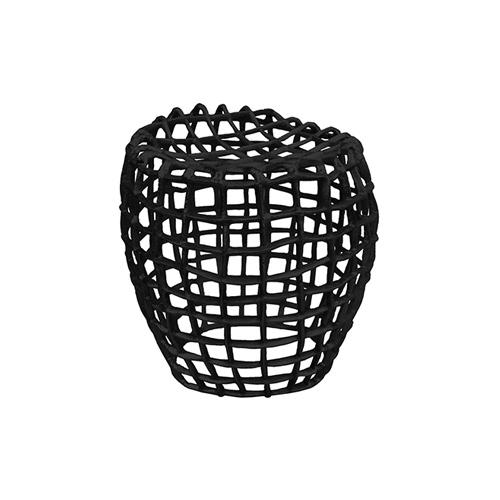 Sitzhocker aus Aluminium Farbe: schwarz   für Innen- und Außenbereich