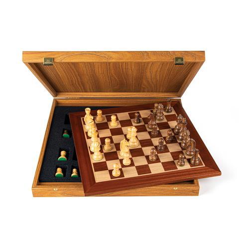 Schachspiel Mahagoni  mit Staunton Figuren, Königshöhe 9,5 cm aus Griechenland, handgefertigt 50 cm x 50 cm